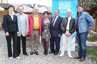 I premiati a Barbarano del 2010 con la presidente mandamentale Arianna Stangoni (al centro)