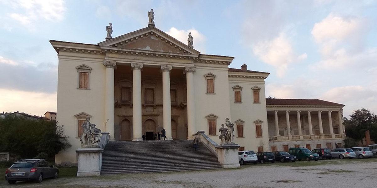 2016 novembre – Restauro di due sale di Villa Da Porto a Montorso